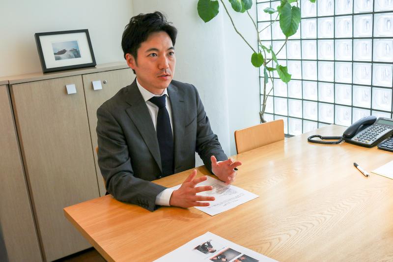 勝浦代表弁護士